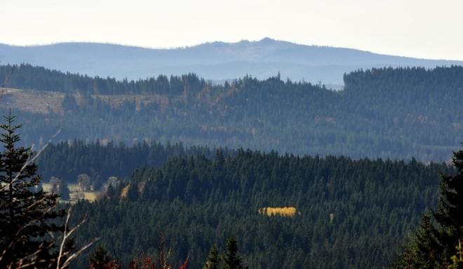 Také hřeben Trojmezné - Třístoličník a Hochstein.
