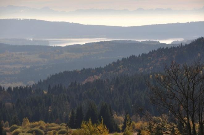Překvapivě je vidět nejen Lipno, ale i vrcholy Alp.