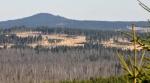Modravská hora, za ní Sokol, vpravo Filipova Huť.