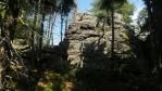 ne ke všem skalám a skalním útvarů se může, ostatně je to národní park ...