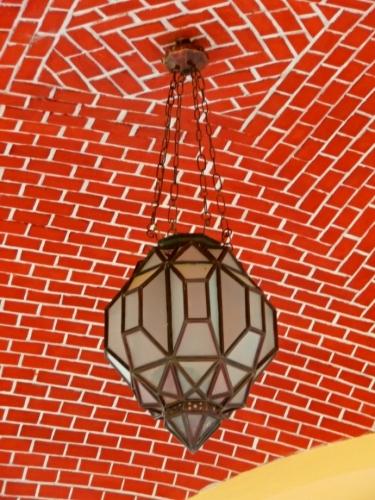 Dobový lustr