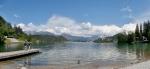 Panorama Bledského jezera, v pozadí pohoří Karavanky