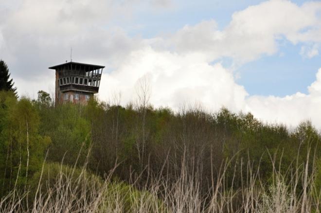 Vyhlídková věž je zatím obsazena vojáky.