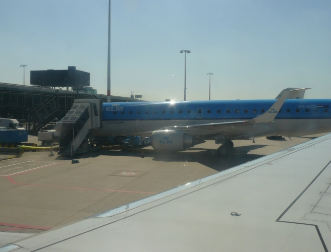 Letadlo nizozemské společnosti KLM na letišti v Amsterodamu