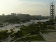 Výhled na olympijský areál a konferenční centra ze stadionu