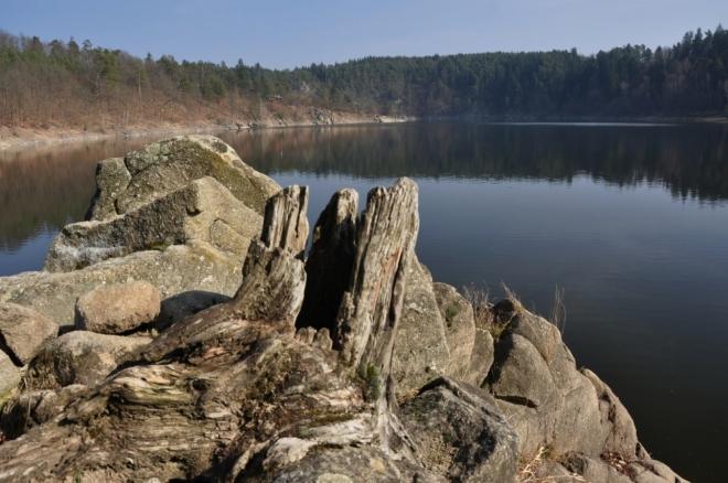 Kamenitý ostroh soutoku.