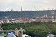 Petřín přes Holešovické výstaviště.