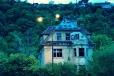 Známá squatterská vila Milada.