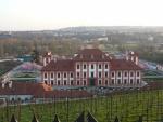 Trojský zámek pod vinicí