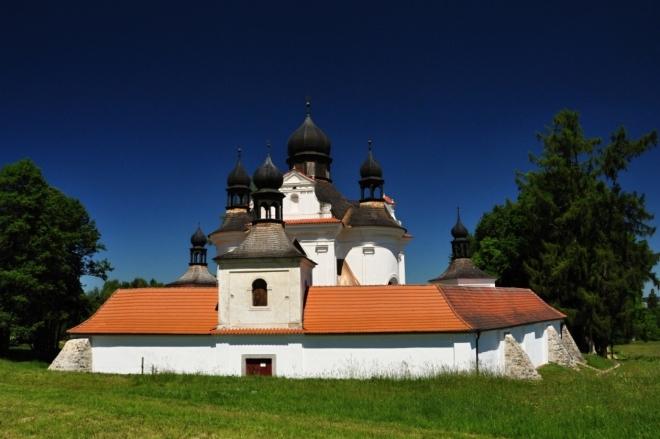 Poutní kostel Nejsvětější Trojice u Trhových Svinů.