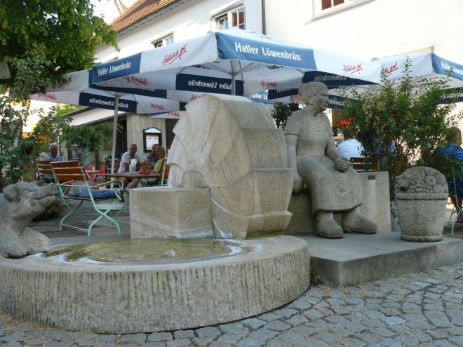 U restaurace v Braunsbachu, kde jsme si dali první jídlo, které nebylo z našich zásob.
