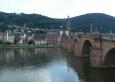 Starý most v Heidelbergu a za ním centrum