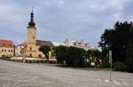 Původní renesanční podoba náměstí se díky několika ničivým požárům v minulosti nedochovala a představa o ní existuje jen z městských vedut ze 17. a 18. století. Dnešní trojúhelníkové náměstí je skutečným městským centrem.
