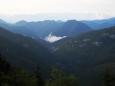Tato dolina se jmenuje Dedošová a my se skrze ni budeme vracet do Gaderské ke kempu.