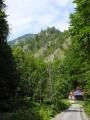U odbočky ke Skalní bráně začíná Gaderská dolina. Stále máme před sebou mnoho nekonečných kilometrů.
