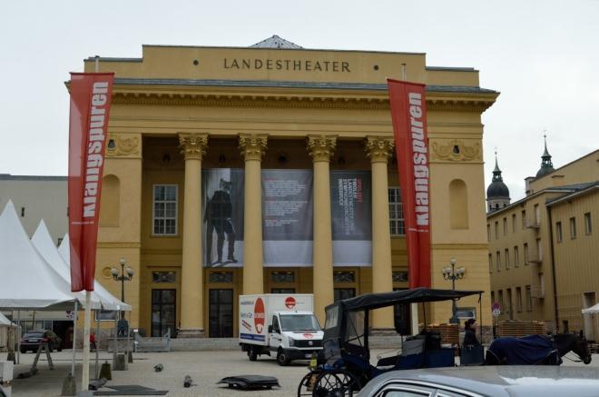 Tyrolské zemské divadlo (Tiroler Landestheater)