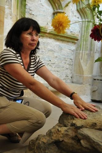 Traduje se, že kámen kněžiště dodává sílu a vyrovnanost ducha.