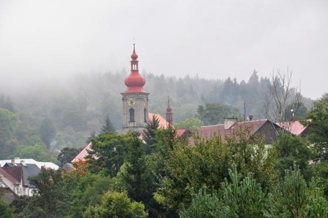 Kostel v Bečově nad Teplou.