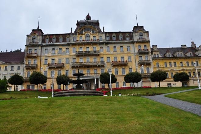 Goethovo náměstí, dříve Gottwaldovo.
