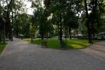 Balatonfüred, park při Balatonu poblíž náměstí