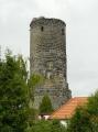 Věž zříceniny Jenštejn ze stejnojmenné vesnice