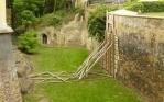 Příkop okolo zámku