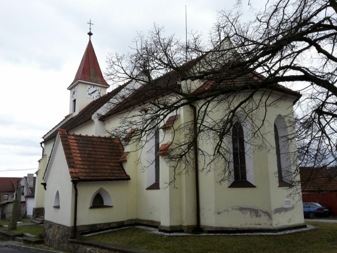 Kostel v Zadních Zborovicích.