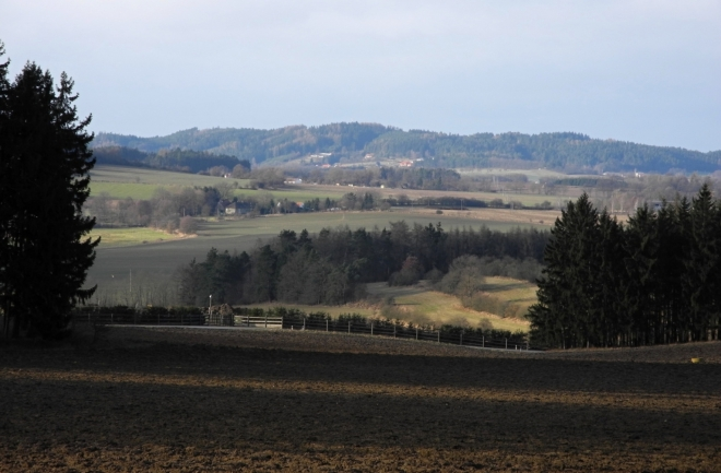Výhled od Jaslova k Píseckým horám.