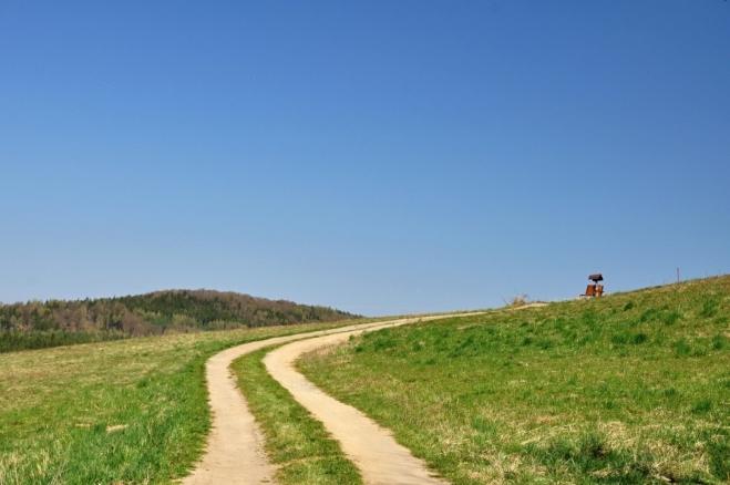 Cestička nad Smolotely.