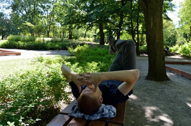 Další zevlování probíhá v parku zvaném Ogród Krasińskich. Je tu krásně.