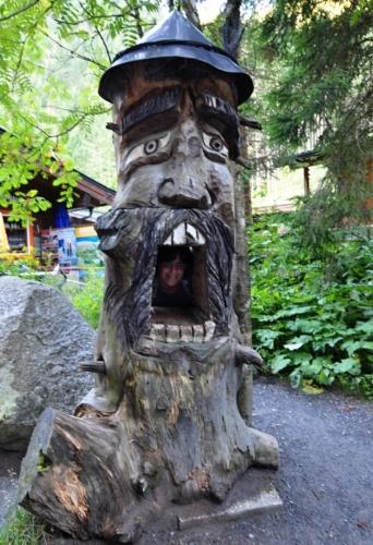 Jitku pod vodopády spolkl tento krimmlerský ďáblík. Naštěstí ji zase hned vyplivl.