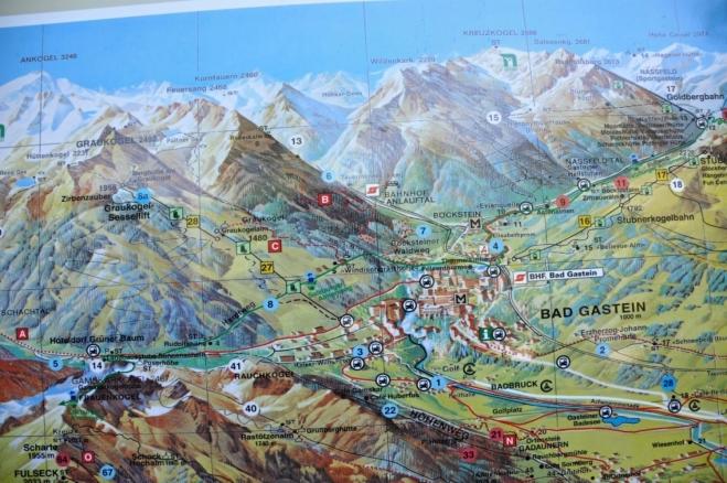 Bad Gastein je obklopený vysokými horami, my jsme upřednostnili nižší travnatý Fulseck a  Schuhflicker.