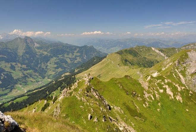 Výhled z vrcholu Schuhflickeru.