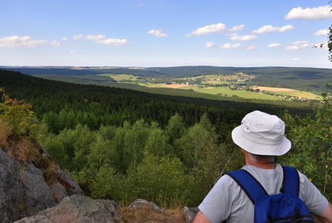 Výhledy jsou velmi dobré, jen Žďárské vrchy přece jen nejsou Šumava.