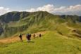 Sestup do sedla, kde A skupina začne stoupat na Manlitzkogel a já jejich postup budu dokumentovat z doliny Schwarzachengraben.