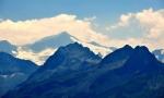 Na opačné straně údolí Salzachu vynikají vysoké hory s čtvrtou nejvyšší horou Rakouska, Großvenedigerem (3 666 m n. m.).