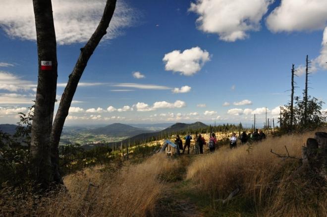 Vyhlíka Naturteater pos bavorským  vrcholem Zwercheck.