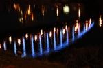 ... zhasněte v domě všechny svíce a opevněte svoje těla, Vy, kterým srdce zkameněla!