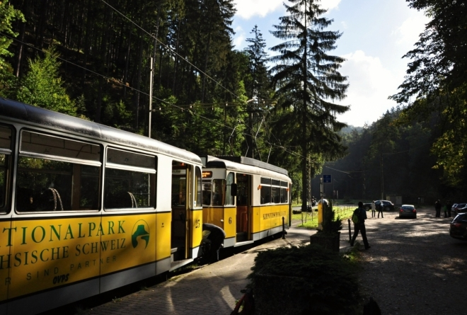 Historická tramvaj - údolí Křinice.
