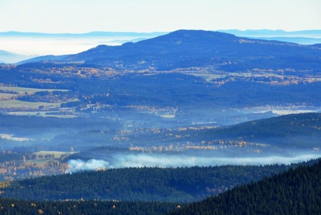Chlum (1 191 m n. m.) a vápencové východní Alpy.