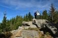 Myslivna (1 040 m n. m.) + odhadem 4 m rozdílu mezi triangulační tyčí a vrcholkem skály.