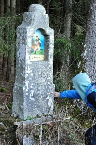 V krajině Novohradských hor často narazíte na pozůstatky minulosti.