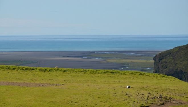 Pohled zpět na moře a pobřežní rovinu