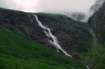 Vodopády v okolí Mardalsfossenu, Norsko