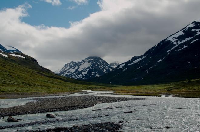 Poslední pohled na řeku a okolní hory. Bylo to tu nádherné!