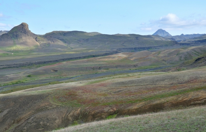 Uprostřed fotky se táhne kaňon Markarfljót.