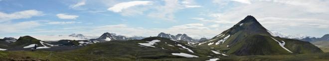 Panorama při pohledu zpět. Vlevo opět Mýrdalsjökull.