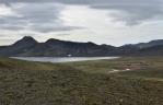Jezero Álftavatn s chatou