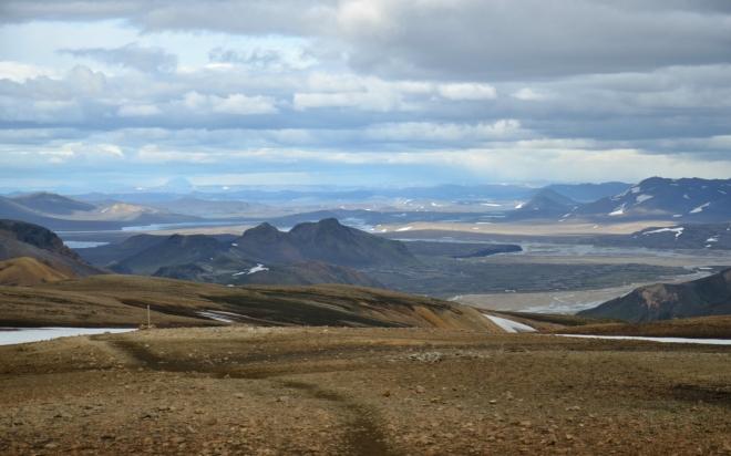 Pohled do vnitrozemí na široké řečiště Tungnaá