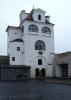 """Jezuitská hvëzdárna je nejzachovalejší částí městského opevnění s cimbuřím. V hranolové věžici byl roku 1705 zřízen vyhlídkový pavilon - """"Lusthaus"""", zvaný též """"Jezuitská hvězdárna"""". Parkánová zeď byla zbořena při výstavbě Domu kultury a poté nově vyzděna bez plného respektování historického stavu dle projektu arch. P. Švancara. V objektu se nachází muzeum marionet."""